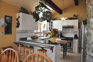 Photo 2: 20649 TYNER Avenue in Maple Ridge: Northwest Maple Ridge House for sale : MLS®# R2211946
