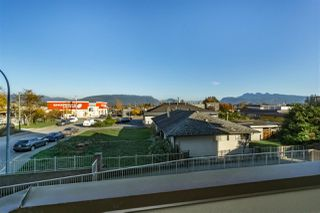 "Photo 14: 206 12464 191B Street in Pitt Meadows: Mid Meadows Condo for sale in ""LASEUR MANOR"" : MLS®# R2218426"