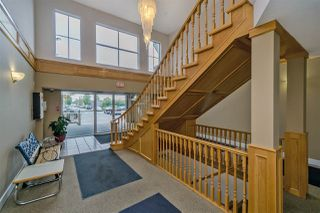 "Photo 2: 206 12464 191B Street in Pitt Meadows: Mid Meadows Condo for sale in ""LASEUR MANOR"" : MLS®# R2218426"