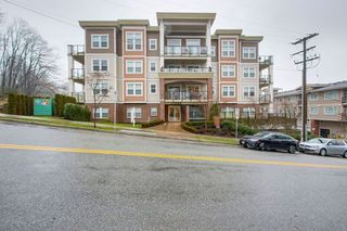 "Photo 1: 203 11580 223 Street in Maple Ridge: West Central Condo for sale in ""RIVERS EDGE"" : MLS®# R2230433"