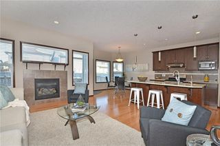 Photo 3: 739 NEW BRIGHTON Drive SE in Calgary: New Brighton House for sale : MLS®# C4161942