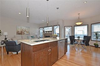 Photo 10: 739 NEW BRIGHTON Drive SE in Calgary: New Brighton House for sale : MLS®# C4161942