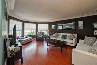 Photo 2: 8092 FORBES Street in Mission: Mission BC House for sale : MLS®# R2259282