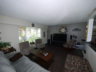 "Photo 3: 2743 VALEMONT Crescent in Abbotsford: Abbotsford West House for sale in ""Springhill"" : MLS®# R2264731"