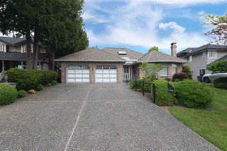 Photo 2: 18881 62A Avenue in Surrey: Cloverdale BC House for sale (Cloverdale)  : MLS®# R2270034