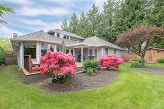 Photo 1: 18881 62A Avenue in Surrey: Cloverdale BC House for sale (Cloverdale)  : MLS®# R2270034
