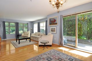 "Photo 6: 104 15220 GUILDFORD Drive in Surrey: Guildford Condo for sale in ""BOULEVARD CLUB"" (North Surrey)  : MLS®# R2271366"