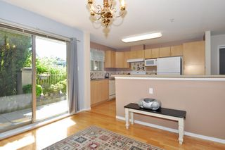 "Photo 5: 104 15220 GUILDFORD Drive in Surrey: Guildford Condo for sale in ""BOULEVARD CLUB"" (North Surrey)  : MLS®# R2271366"