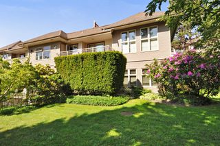 "Photo 18: 104 15220 GUILDFORD Drive in Surrey: Guildford Condo for sale in ""BOULEVARD CLUB"" (North Surrey)  : MLS®# R2271366"