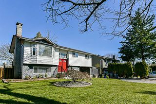 Photo 1: 16981 JERSEY Drive in Surrey: Cloverdale BC House for sale (Cloverdale)  : MLS®# R2272173