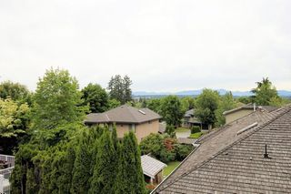 "Photo 15: 21551 46A Avenue in Langley: Murrayville House for sale in ""Macklin Corners, Murrayville"" : MLS®# R2279362"