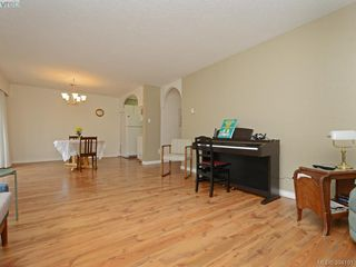 Photo 4: 105 415 Linden Avenue in VICTORIA: Vi Fairfield West Condo Apartment for sale (Victoria)  : MLS®# 394191