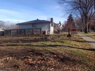 Main Photo: 7954 84 Avenue in Edmonton: Zone 18 Vacant Lot for sale : MLS®# E4122433