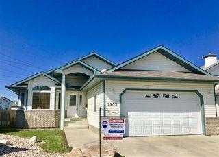 Main Photo: 7903 164 Avenue in Edmonton: Zone 28 House for sale : MLS®# E4124120
