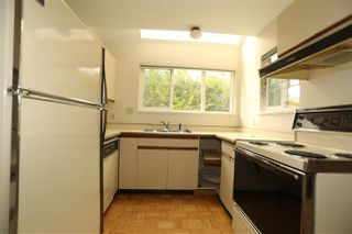 Photo 7: 1 270 E 3RD Street in North Vancouver: Lower Lonsdale Townhouse for sale : MLS®# R2301091