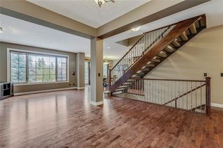 Photo 4: 46 JOHNSON Place SW in Calgary: Garrison Green Detached for sale : MLS®# C4208980
