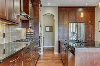 Photo 10: 46 JOHNSON Place SW in Calgary: Garrison Green Detached for sale : MLS®# C4208980