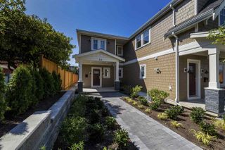Main Photo: 319 W 14TH Street in North Vancouver: Central Lonsdale House 1/2 Duplex for sale : MLS®# R2319680