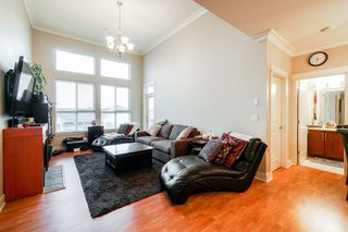 """Photo 9: 401 5430 201 Street in Langley: Langley City Condo for sale in """"Sonnet"""" : MLS®# R2325455"""