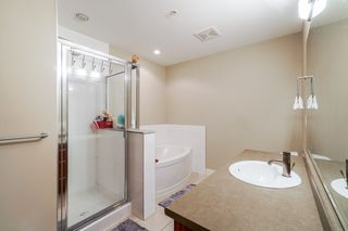 """Photo 10: 401 5430 201 Street in Langley: Langley City Condo for sale in """"Sonnet"""" : MLS®# R2325455"""