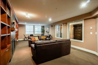 """Photo 8: 401 5430 201 Street in Langley: Langley City Condo for sale in """"Sonnet"""" : MLS®# R2325455"""