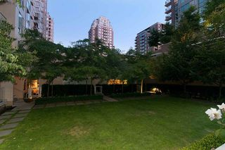 "Photo 19: 304 1001 RICHARDS Street in Vancouver: Downtown VW Condo for sale in ""MIRO"" (Vancouver West)  : MLS®# R2326363"
