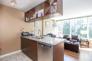 "Photo 5: 304 1001 RICHARDS Street in Vancouver: Downtown VW Condo for sale in ""MIRO"" (Vancouver West)  : MLS®# R2326363"