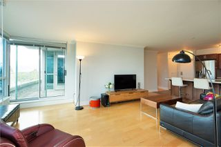 """Photo 3: 518 6028 WILLINGDON Avenue in Burnaby: Metrotown Condo for sale in """"CRYSTAL RESIDENCES"""" (Burnaby South)  : MLS®# R2333286"""
