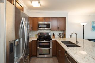 """Photo 8: 518 6028 WILLINGDON Avenue in Burnaby: Metrotown Condo for sale in """"CRYSTAL RESIDENCES"""" (Burnaby South)  : MLS®# R2333286"""