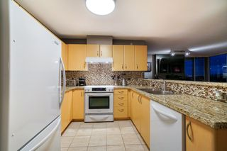 """Photo 3: 903 720 HAMILTON Street in New Westminster: Uptown NW Condo for sale in """"GENERATIONS"""" : MLS®# R2335994"""