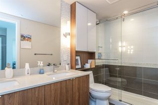 """Photo 6: 718 159 W 2ND Avenue in Vancouver: False Creek Condo for sale in """"Tower Green At West"""" (Vancouver West)  : MLS®# R2336670"""