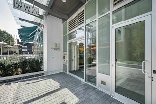 """Photo 2: 718 159 W 2ND Avenue in Vancouver: False Creek Condo for sale in """"Tower Green At West"""" (Vancouver West)  : MLS®# R2336670"""