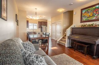 Photo 1: 2673 SIR ARTHUR CURRIE Way in Edmonton: Zone 27 Townhouse for sale : MLS®# E4143491