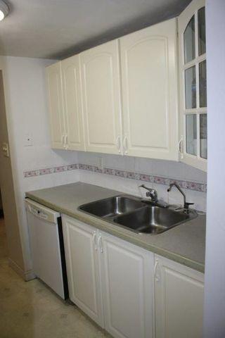 Photo 5: 604 ABBOTTSFIELD Road NW in Edmonton: Zone 23 Townhouse for sale : MLS®# E4144060