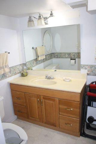 Photo 15: 604 ABBOTTSFIELD Road NW in Edmonton: Zone 23 Townhouse for sale : MLS®# E4144060