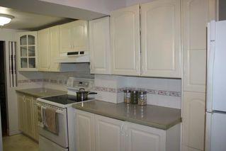 Photo 2: 604 ABBOTTSFIELD Road NW in Edmonton: Zone 23 Townhouse for sale : MLS®# E4144060