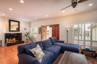 Photo 6: PACIFIC BEACH House for sale : 4 bedrooms : 1426 Loring St in San Diego