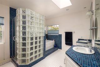 Photo 14: PACIFIC BEACH House for sale : 4 bedrooms : 1426 Loring St in San Diego