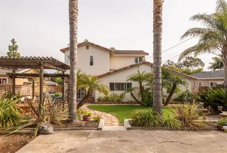 Photo 5: PACIFIC BEACH House for sale : 4 bedrooms : 1426 Loring St in San Diego