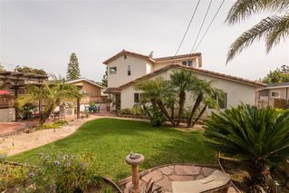 Photo 2: PACIFIC BEACH House for sale : 4 bedrooms : 1426 Loring St in San Diego