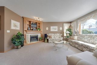 Photo 4: 13 PRIMROSE Boulevard: Sherwood Park House for sale : MLS®# E4151300
