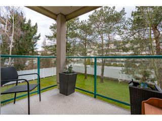 """Photo 14: 206 20453 53RD Avenue in Langley: Langley City Condo for sale in """"COUNTRY SIDE ESTATES- LMS 1236"""" : MLS®# R2359919"""