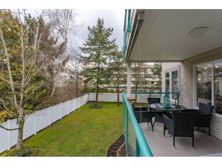 """Photo 15: 206 20453 53RD Avenue in Langley: Langley City Condo for sale in """"COUNTRY SIDE ESTATES- LMS 1236"""" : MLS®# R2359919"""