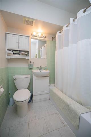 Photo 13: 10N 300 Roslyn Road in Winnipeg: Osborne Village Condominium for sale (1B)  : MLS®# 1909305