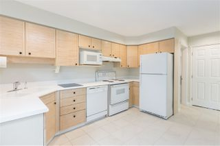 "Photo 5: 1570 BOWSER Avenue in North Vancouver: Norgate Townhouse for sale in ""Illahee"" : MLS®# R2363126"