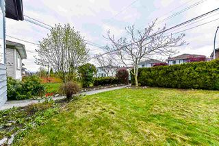 Photo 2: 7642 HILDA Street in Burnaby: Edmonds BE House for sale (Burnaby East)  : MLS®# R2374423