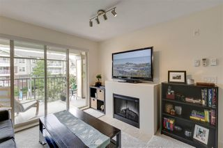 "Photo 3: 307 12238 224 Street in Maple Ridge: East Central Condo for sale in ""URBANO"" : MLS®# R2378332"