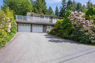 "Main Photo: 917 FRESNO Place in Coquitlam: Harbour Place House for sale in ""Harbour Chines"" : MLS®# R2378636"