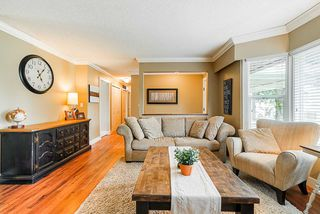 "Photo 10: 5901 ABERDEEN Street in Surrey: Cloverdale BC House for sale in ""Jersey Hills"" (Cloverdale)  : MLS®# R2383785"