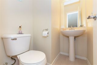 """Photo 11: 231 3105 DAYANEE SPRINGS Boulevard in Coquitlam: Westwood Plateau Townhouse for sale in """"Whitetail Lains at dayanee"""" : MLS®# R2385628"""
